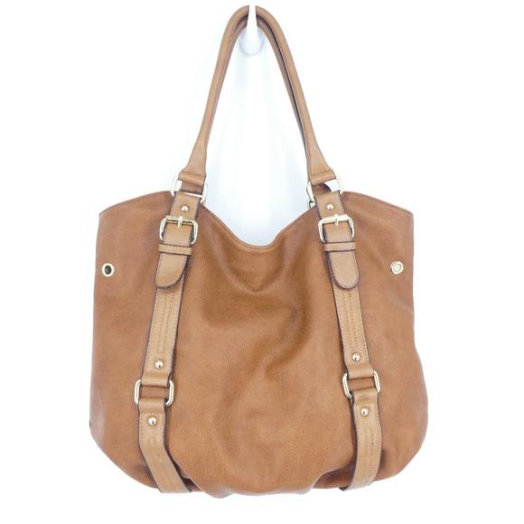 32861baa4c7 Aldo Vegan Leather Large Hobo Shoulder Bag. M 5b9c6752bb761563f4fe55f3